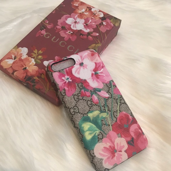 buy popular 370af 275b6 Gucci Bloom IPhone Case 6/7/8 Plus NEW
